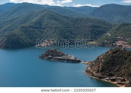 中国风景名胜 泸沽湖 湖心岛