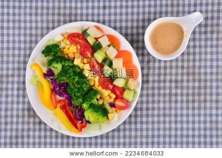 沙拉 冷餐 减肥餐 牛肉 鱼肉 蔬菜 虾-背景/素材,食品