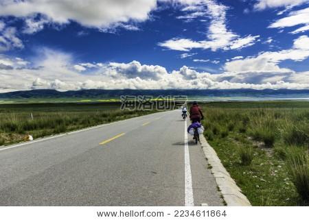环青海湖骑行