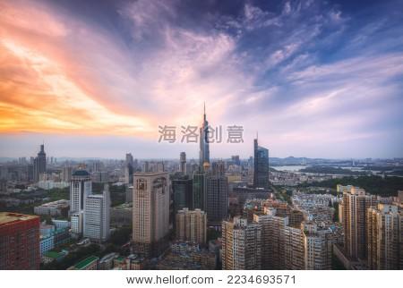南京城市紫峰大厦日落 - 建筑物/地标,公园/室外