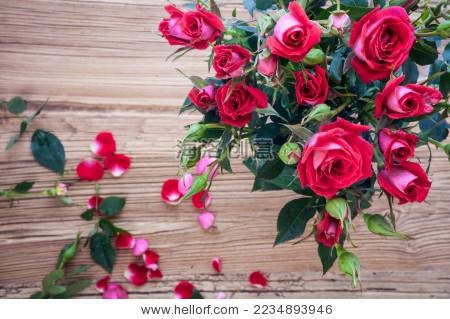 红玫瑰 鲜花 花束 木板 玫瑰 - 背景/素材,自然 - ,,.